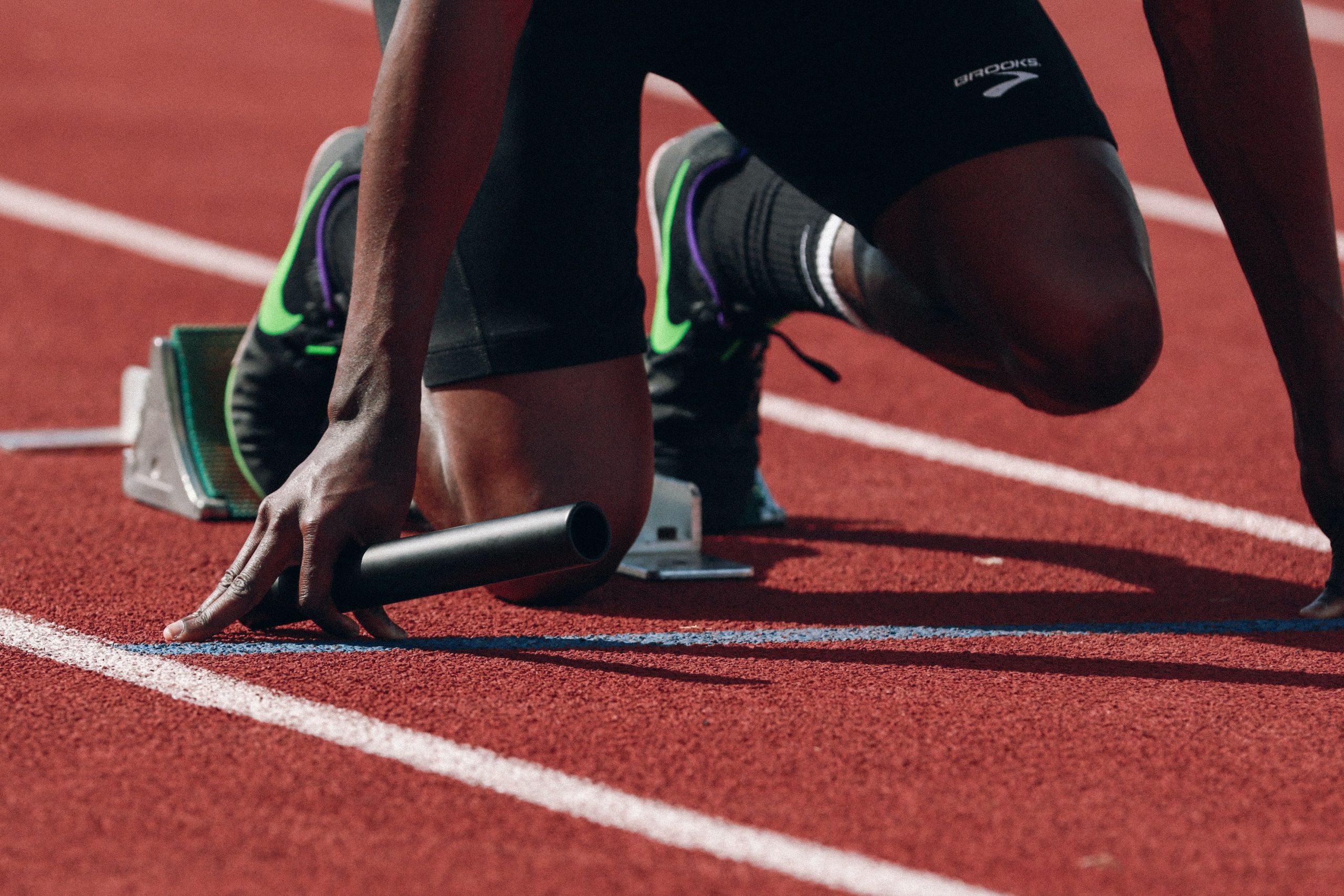 Szkolenie sportowe w szkołach i oddziałach sportowych oraz szkołach i oddziałach mistrzostwa sportowego.
